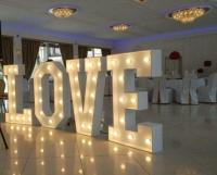 """XXL LED Buchstaben """"LOVE"""" Leuchtbuchstaben Hochzeitshighlight"""